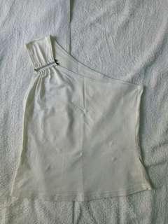 White one side shoulder top