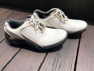 Footjoy Golf shoes for juniors