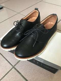 🚚 XES小牛皮休閒中性小眾款紳士鞋