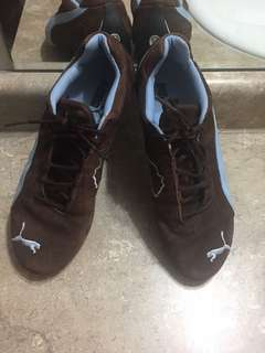 Suede Puma - brown and light blue size 5