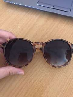 Brown shades / sunglasses - brand new
