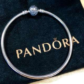 ❤️ (reduced!) BN Pandora Bangle heart shape clasp ❤️