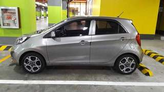 Kia Picanto EX 1.0 Manual Titanium Silver 76k kms  All original / All stock Original 2015 mags with new tires 99% life Casa maintained with records Shell V-Power gasoline only 95 octane