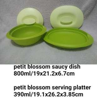 Petit blossom saucy dish