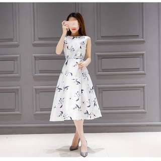 Floral Print Swing Dresses (White)
