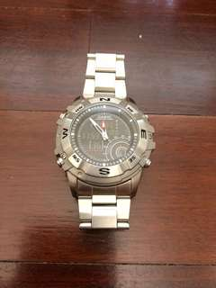 CASIO AMW-705D-1A HUNTING GEAR SERIES, MOON PHASE, THERMOMETER, WORLD TIME AND ALARM CHRONO
