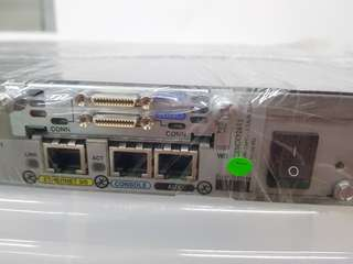 CISCO2611 Dual Ethernet Router comes with WIC-2T