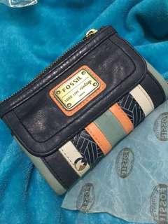 Dompet fossil baru pake seminggu
