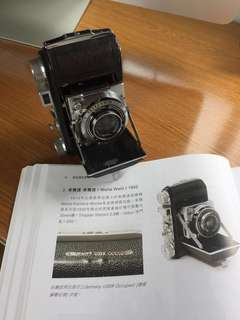 Folding antique camera 1952 or older古董相機