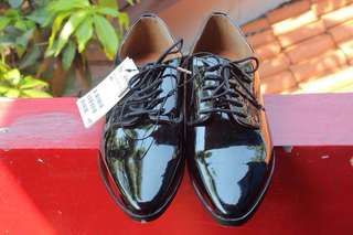 H&M Leather Derby Shoes Women