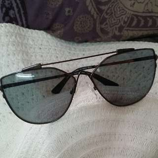 TOM FORD SUNGLASESS Authentic