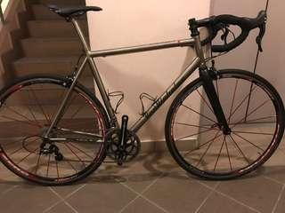 Titanium van Nicholas Euro size 58 fulcrum zeroes enve fork road bike