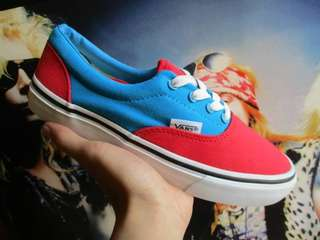 Vans era blue red