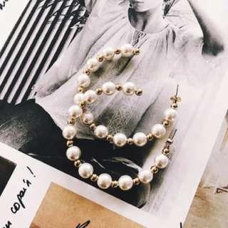 🚚 珍珠圈圈耳環
