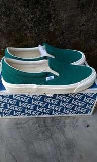 Vans OG slip on green
