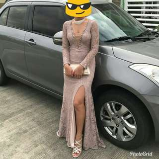 For rent: nude gown