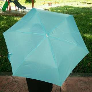Light Weight 3 Fold Pocket Water Front Umbrella