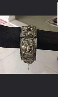 Antique Bracelet ( silver )