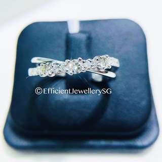 18K 750 Criss Cross Diamond Ring