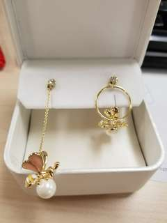 蜜蜂珍珠耳環