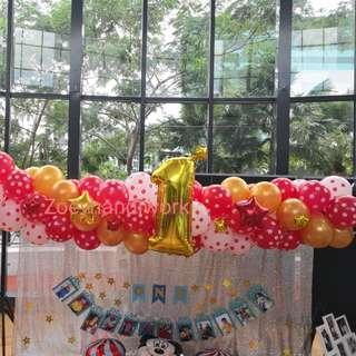Balloon chain, customised