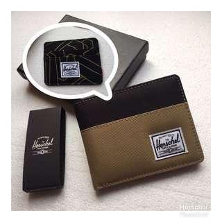 Herschel Wallet 🔥 with free Wallet Charlie 👍🏻