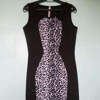 Curvey Animal Printed Midi Dress