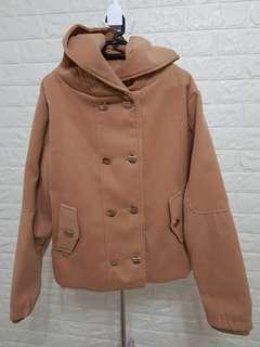 Women's jacket with hood