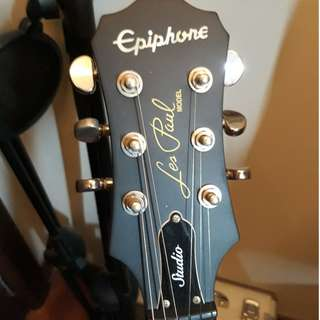 Epiphone Les Paul Studio Worn Cherry