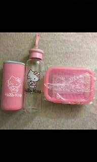 🚚 HELLO KITTY 耐熱玻璃水瓶+HELLO KITTY 耐熱玻璃保鮮盒