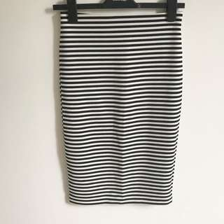 Worn Once black and white stripe pencil skirt Forever 21 size M