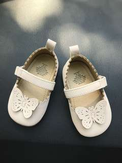 Baby girl flat shoes
