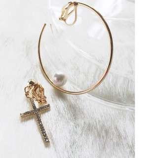 🚚 【夾式耳環】時光缺口-穿越祈願(金色十字架+金色韓星款缺口圓環)
