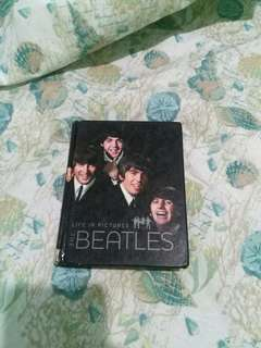 The Beatles : Life In Pictures
