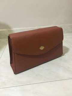 Classic vintage clutch