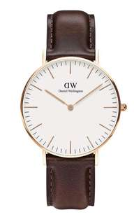 Daniel Wellington Rose Gold Leather RRP $319