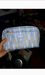 Pouch dompet miniso