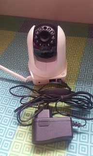D link Pan and Tilt wireless camera