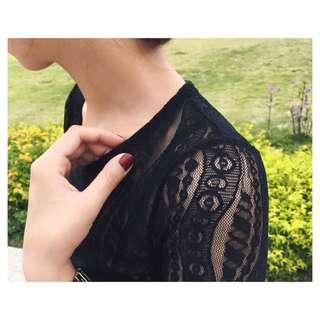 🚚 韓 add made黑色蕾絲透膚上衣