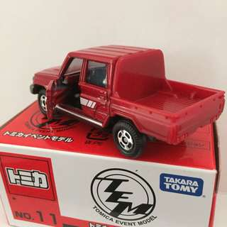 TOMICA EVENT TOYOTA LAND CRUISER 70