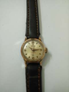 Lady Vintage Hand Wind watch