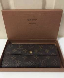 Authentic LV Sarah Wallet