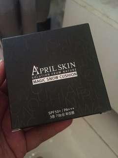 April Skin Ori Blm dipake msh segel