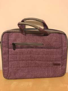Brinch notebook bag can fit 13'inch
