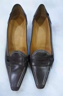 Sepatu tods authentic