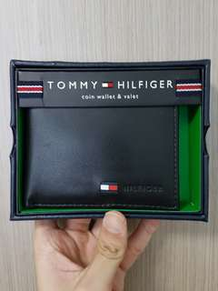 Authentic Tommy Hilfiger Leather Bifold Wallet