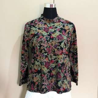 F21 Inspired Knitted Floral Top