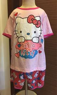 🚚 Hellokitty short sleeve short pants set sz 130