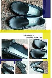 🚚 全新黑色真皮平底鞋 摩根鞋 莫卡辛 豆豆鞋 休閒鞋