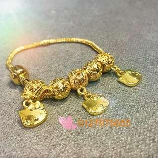 Pandora bracelet hello kitty